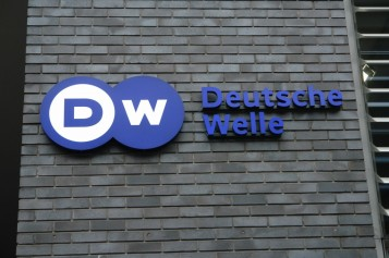 deutsche-welle-traineeship-program-2016