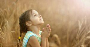 girl-praying-860x450_c