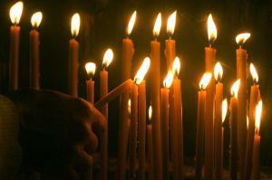 626049_zadusnice-svece-paljenje_ls