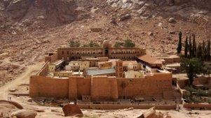 Manastir-Svete-Katarine-na-Sinaju-620x350