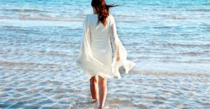 dress-at-seaside_sizem-860x450_c