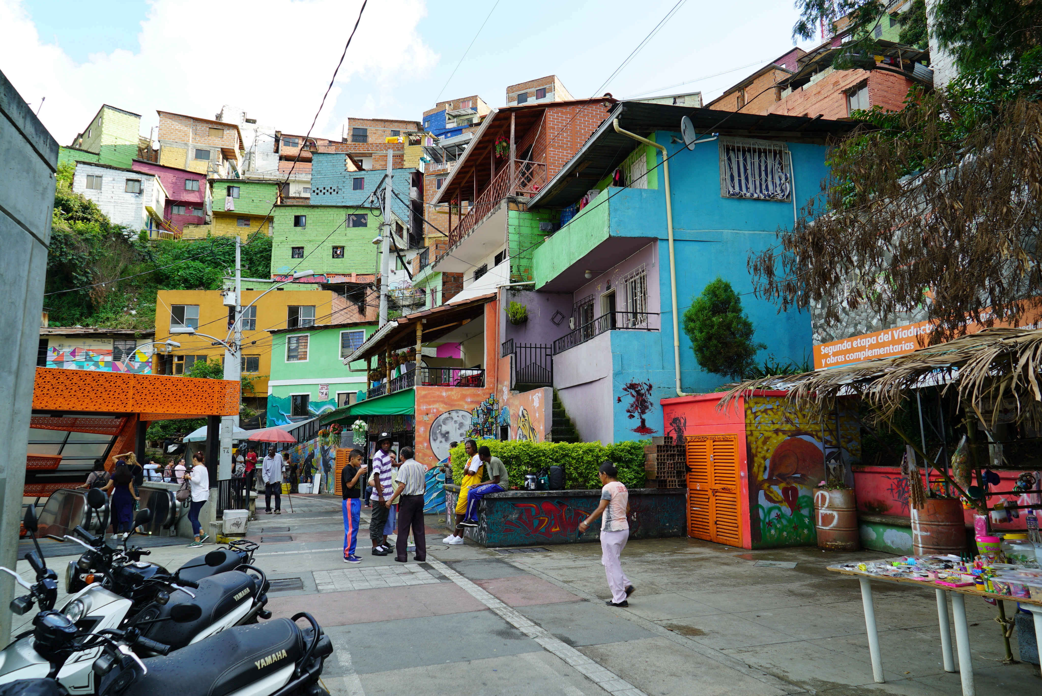 180315153021-colombia-medellin-houses